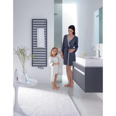 Kúpeľňový radiátor ZEHNDER, QUARO 1403x300 ČIERNA, QA140-045M0550