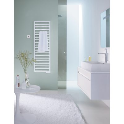 Kúpeľňový radiátor ZEHNDER QUARO 1403x300 BIELA, QA140-045M0521